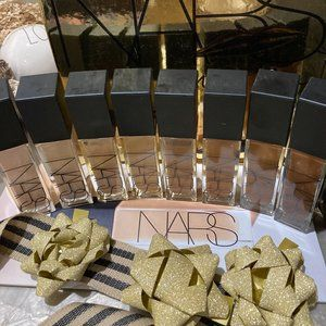 NARS M6 Aruba Foundation